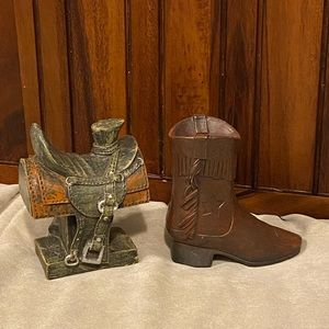"""🤩NWT western Decor saddle and boot 3""""x3"""""""